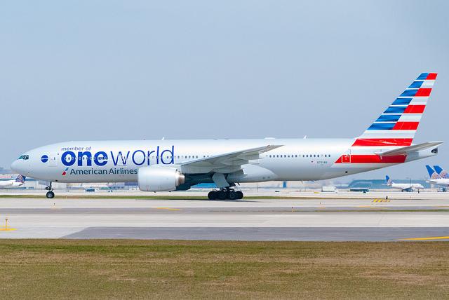 AA Boeing 777-200 OneWorld