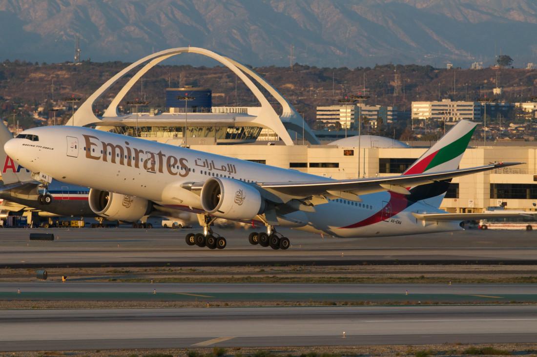 Emirates Boeing 777-200LR A6-EWA Non stop
