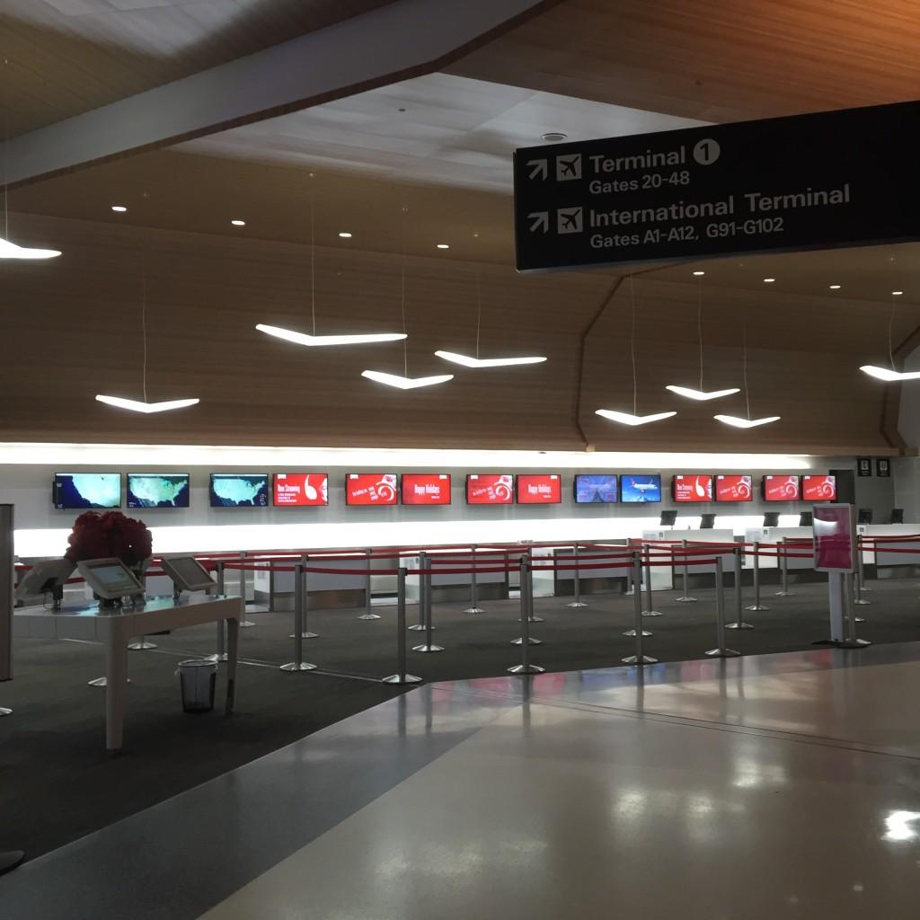 Virgin America - Check in at SFO
