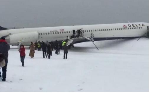 Delta 1086 Skidded Off Runway