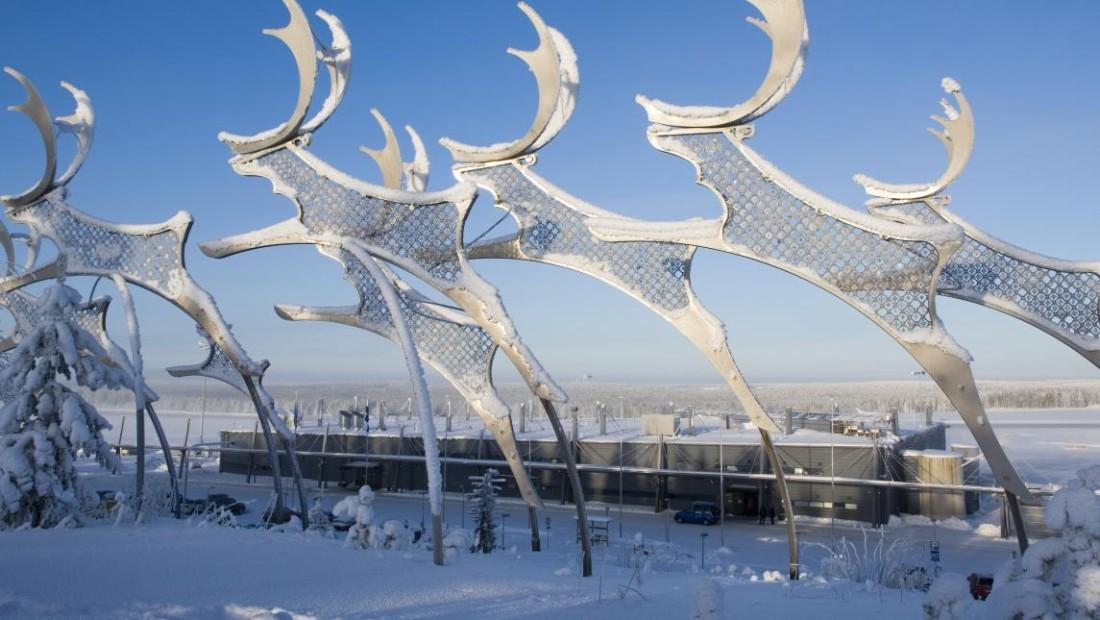 Rovaniemi Airport - Reindeer Sculpture