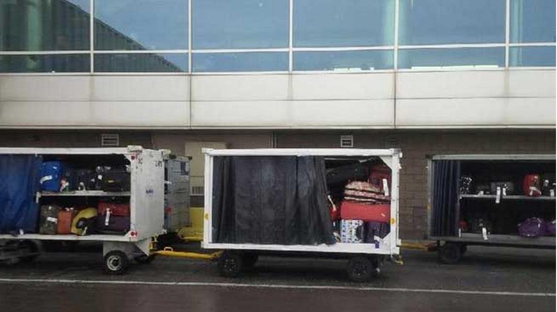 Baggage challenges in Denver International Airport (Jan 2015)