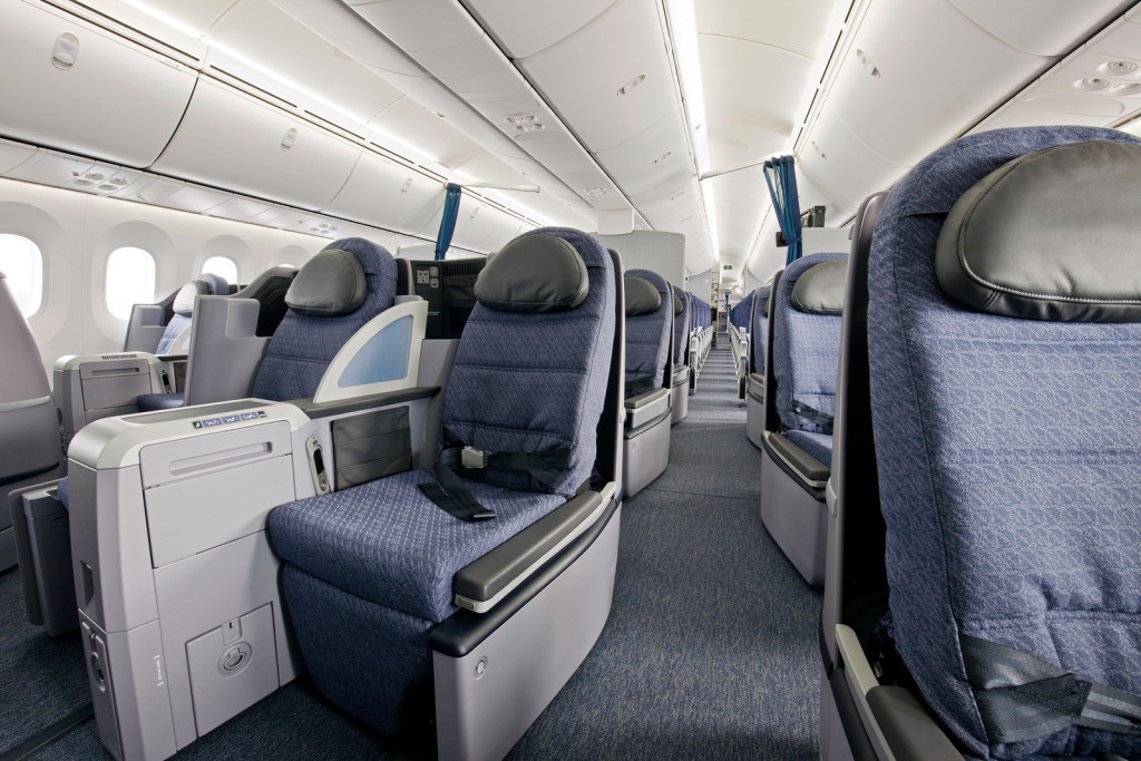 United Airlines Boeing 787 Dreamliner BusinessFirst Seats