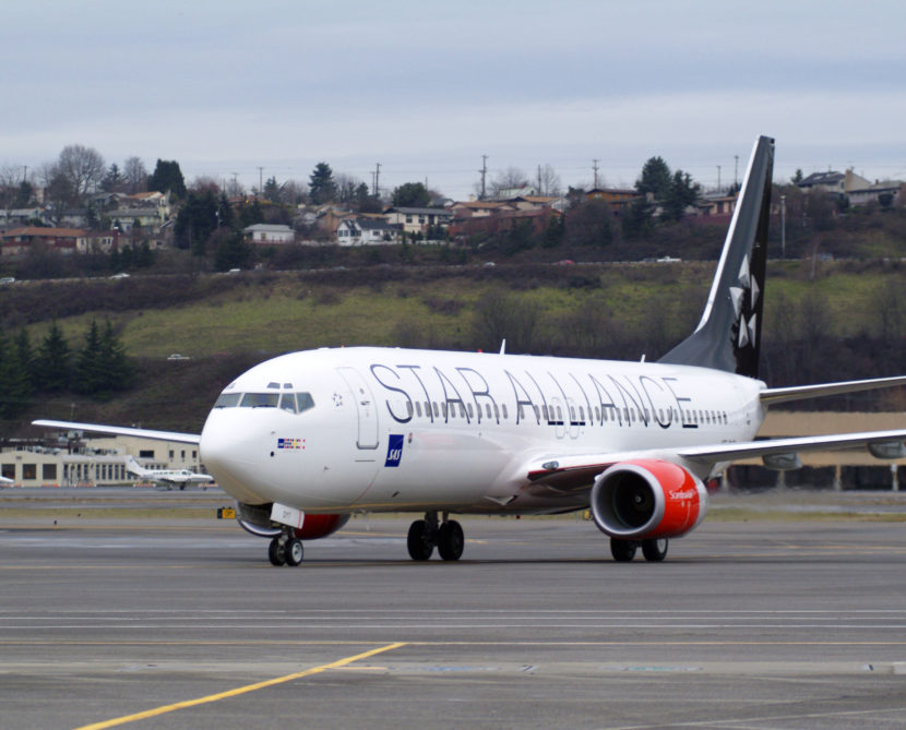 Scandinavian Airlines Boeing 737-800 in the current Star Alliance livery
