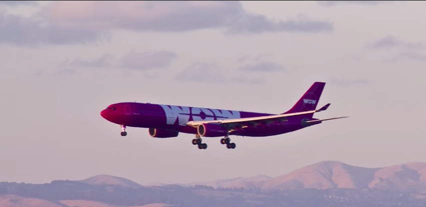 WOW Air Airbus A320